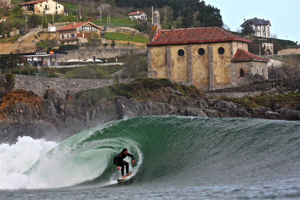Mundaka Left Wave