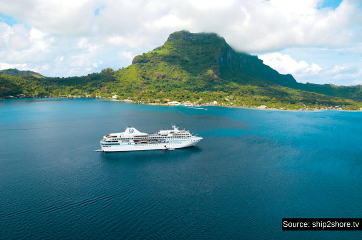 Paul Gauguin Cruises along Polynesia