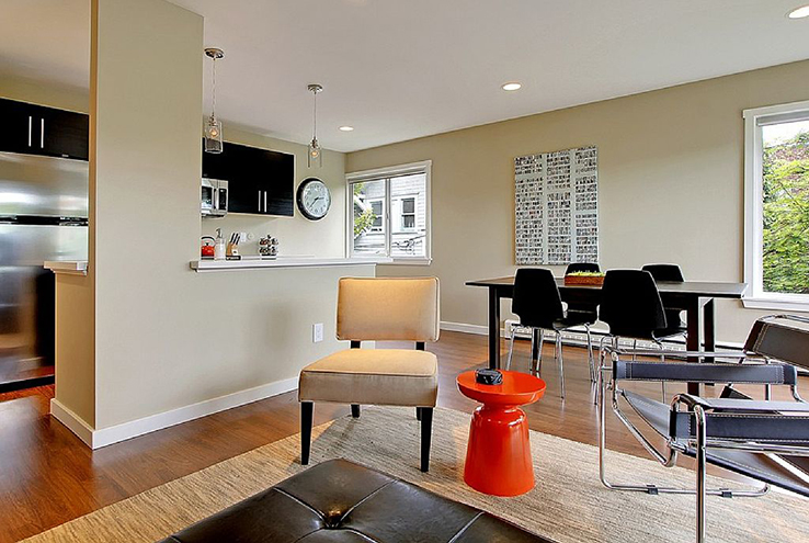 Photo from Homewaway: a modern and luxurious one-bedroom